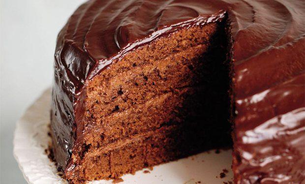 bizcocho chocolate con fondant