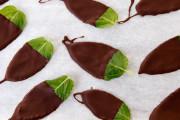 hojitas de menta y chocolate